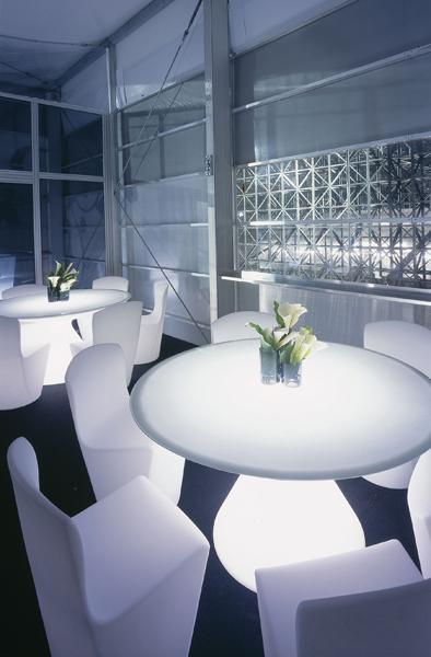 Slide tavolo ed slide tavolo luminoso per esterni - Tavolo luminoso per disegno ...